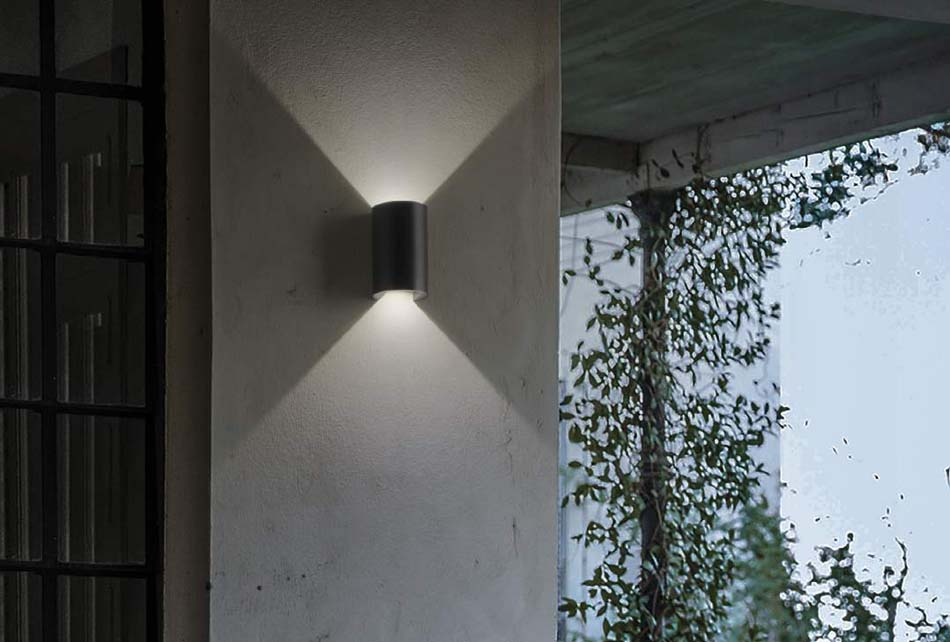 Lampade 13 parete soffitto Ideal Lux Apollo – Bruni Arredamenti
